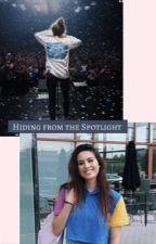 Hiding from the Spotlight (Lauren Cimorelli/Y/N)  by spicygansito