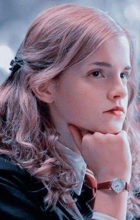 Segitiga Sembarang Cinta [END] by evitaalfiana