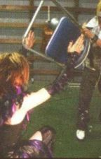 Gimme Chair (The Gazette fanfic) by TheDiaurazettE