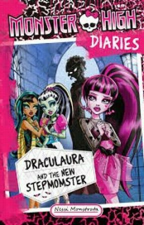 Draculaura And The Stepmother Chapter One Taking The News by Insane_child01