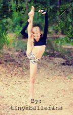 Tiny Dancer (Luke Hemmings' Little Sister) by tinyxballerina