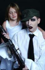 The new baby sitter (Marilyn Manson) by Mymarilynmanson