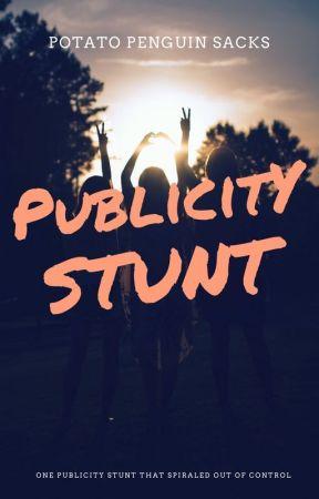 Publicity Stunt // Luke Hemmings by expeliOsaz