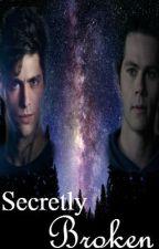 Secretly Broken [Alec Lightwood/Stiles Stilinski]  by Traaassshhh