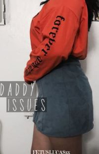 Daddy issues// Luke Hemmings cover