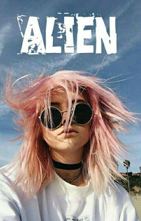 Alien by UnicornK17