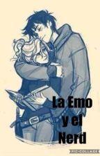 La emo y el Nerd by aynatbalseiro