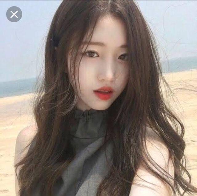 (The girl he meet woth a long hair)Mayumi clara andler