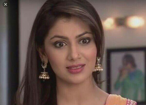 Pragya says with a smirk, while abhi pouts