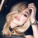 --Kylie_Jenner--